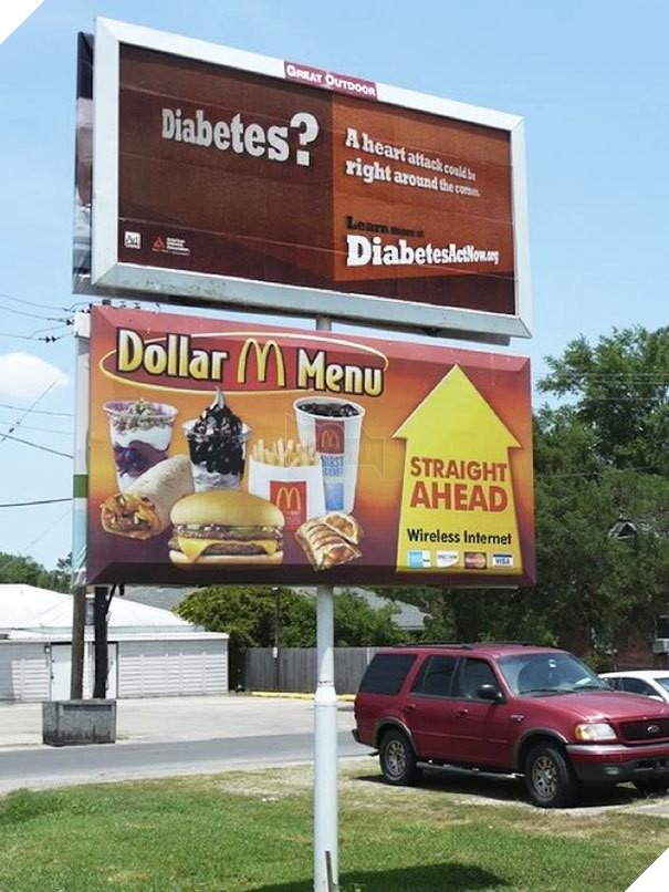 Những quảng cáo nhầm chỗ hài hước nhất thế giới