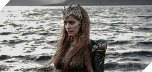 Những hình ảnh đầu tiên về Nữ hoàng Mera - vợ của Aquaman trong Justice League