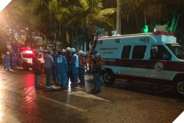 Máy bay chở đội bóng Brazil rơi ở Colombia, 76 người chết - Ảnh 8.