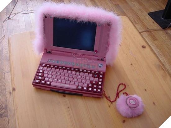 8 chiếc laptop xấu ma chê quỷ hờn, khá khen cho ai đã tạo ra chúng - Ảnh 1.