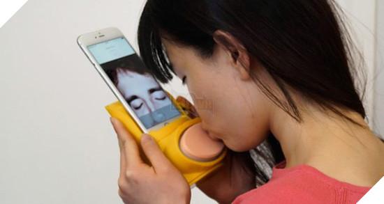 9 phụ kiện lạ đời cho iPhone nhưng ai cũng chết mê chết mệt - Ảnh 1.