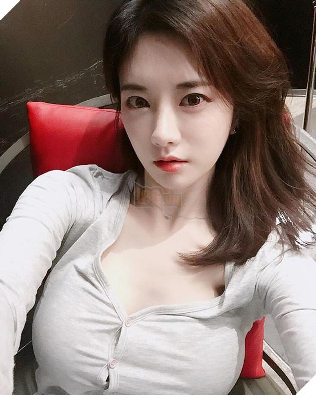 Yuki Han - Nữ streamer sở hữu vòng 1 nóng bỏng nhất Hàn Quốc