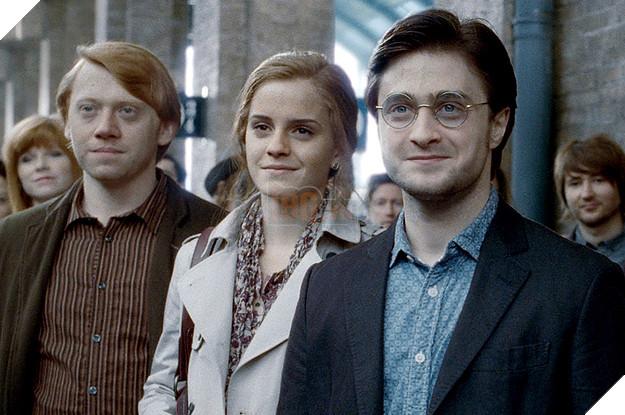 Rộ tin đồn phim Harry Potter sẽ được làm tiếp... 3 phần nữa mới hết