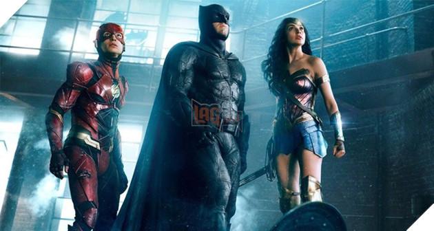 Đạo diễn Justice League cho rằng bộ phim này khá... vui nhộn. Tại sao lại như vậy?
