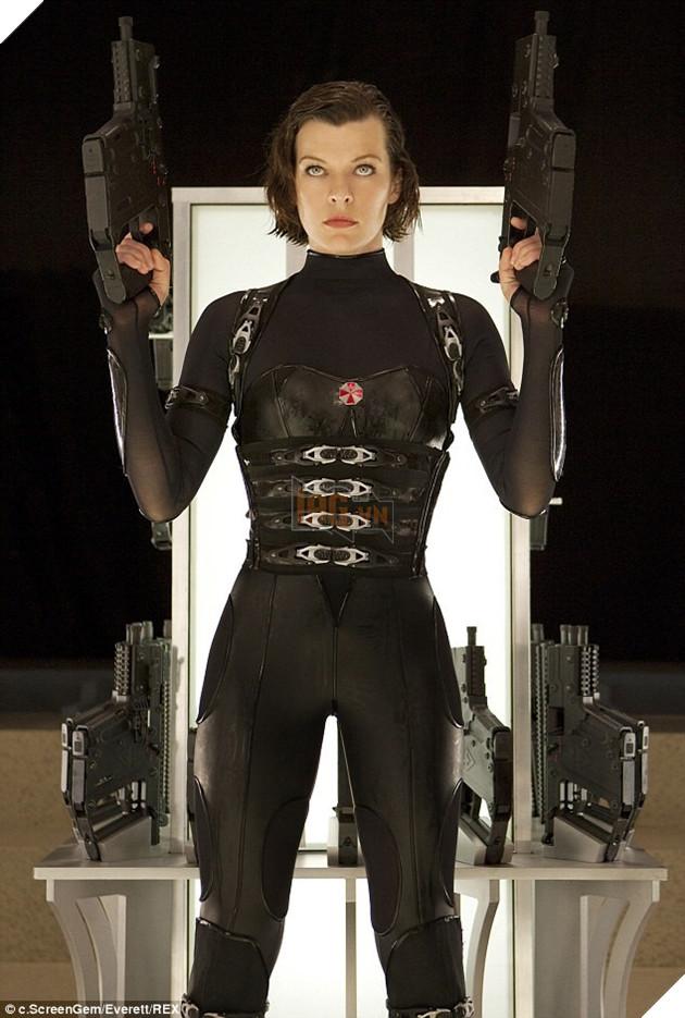 Nang Alice cua 'Resident Evil' van boc lua o tuoi 41 hinh anh 3
