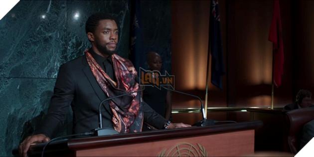 """10 điểm ấn tượng trong trailer đầu tiên của """"Black Panther"""" 15"""