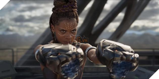"""10 điểm ấn tượng trong trailer đầu tiên của """"Black Panther"""" 8"""