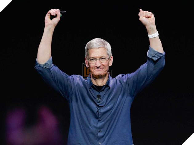Ông Tim Cook trong buổi ra mắt chiếc Apple Watch vào năm 2014.