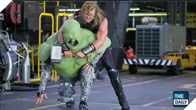 Cuộc chiến hoành tráng giữa Thor và Hulk trên phim hóa ra được quay thế này đây