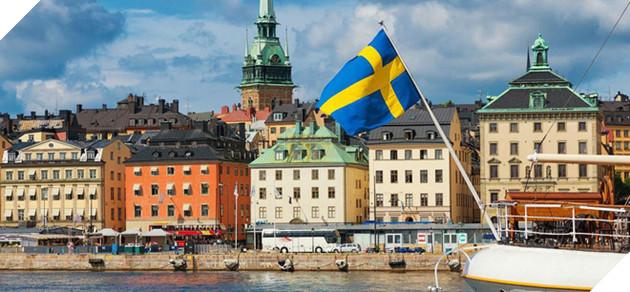Thụy Điển đau đầu vì quá nhiều tiền - Ảnh 1.
