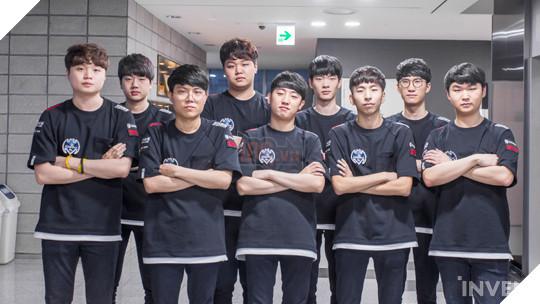 Bị quịt lương và không nơi nương tựa, đây là số phận của đội tuyển siêu sao LMHT Hàn Quốc