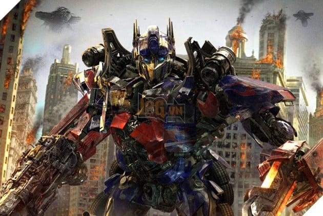 Nhung lan 'lot xac' cua nguoi may Optimus Prime thuoc 'Transformers' hinh anh 11