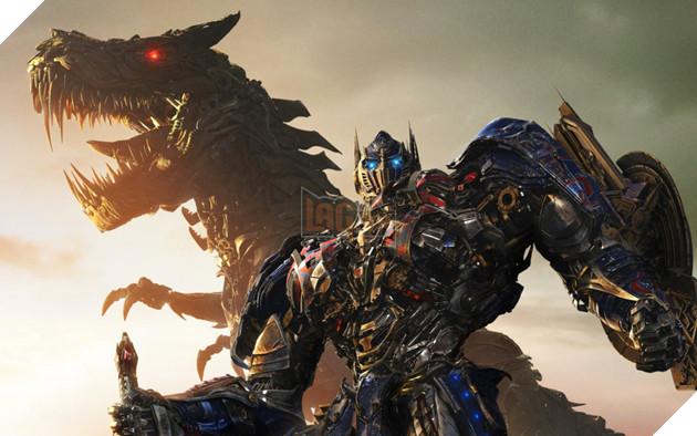 Nhung lan 'lot xac' cua nguoi may Optimus Prime thuoc 'Transformers' hinh anh 18