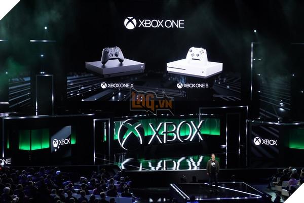 """Chỉ hi vọng đội ngũ Xbox không nghĩ ra thêm những thứ như """"Xbox One XX"""" hay ..."""