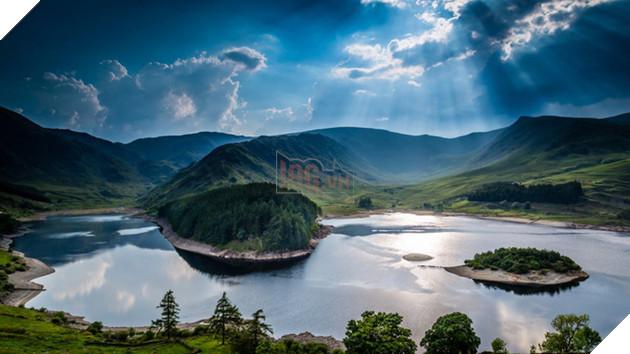 Rất nhiều thung lũng ở Lake District được tạo thành từ các dải sông băng trong suốt thời đại Kỷ băng hà.