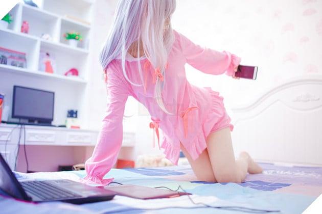 Cùng ngắm bộ ảnh cosplay về cô nàng loli cực dễ thương Sagiri Izumi