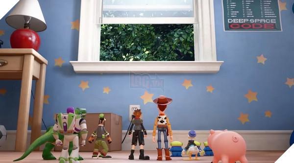 Khi các nhân vật Kingdom Hearts đi lạc sang Thế giới đồ chơi