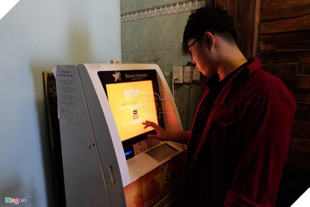 Hiện công ty này vừa nhập thêm 3 máy BTM và đang trong giai đoạn thử nghiệm. Theo đại diện Bitcoin Việt Nam, những máy BTM mới sẽ được đặt tại Hà Nội, khu phố tây Bùi Viện ở TP.HCM và máy còn lại có khả năng sẽ đặt tại sân bay Tân Sơn Nhất. Tại Việt Nam, tiền ảo nói chung và Bitcoin nói riêng chưa được pháp luật thừa nhận và bảo đảm