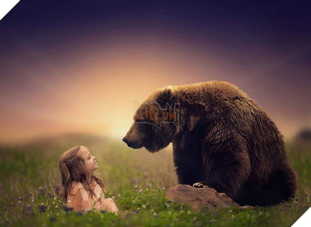 Bộ ảnh tình bạn đẹp tuyệt vời của em bé và các loài động vật - Ảnh 29.