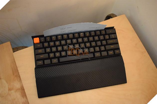 Tổng hợp các bàn phím cơ custom độc lạ từ xứ sở sương mù  16