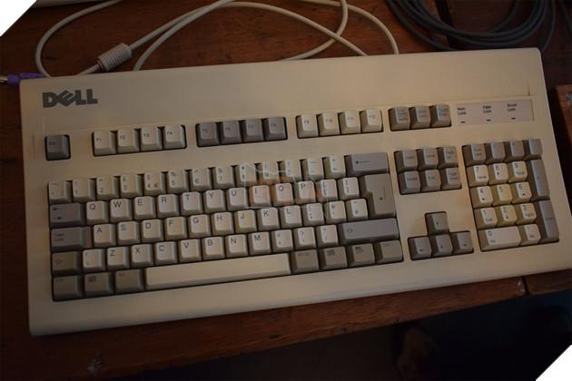 Tổng hợp các bàn phím cơ custom độc lạ từ xứ sở sương mù  23
