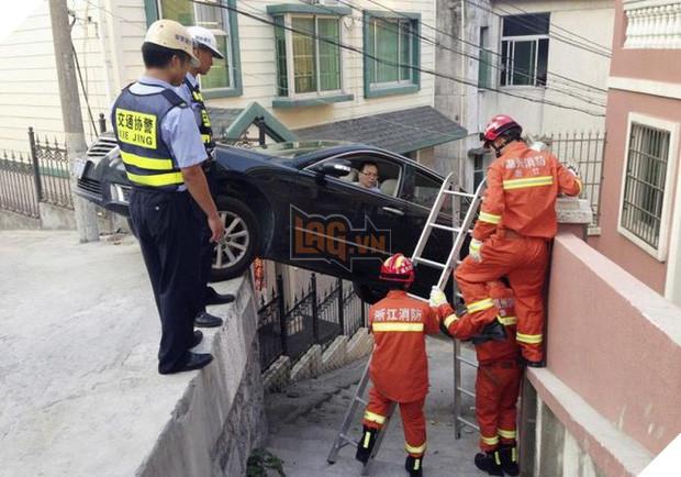 16 tai nạn đỉnh cao chỉ có thể là của hội mới học lái ô tô - Ảnh 1.