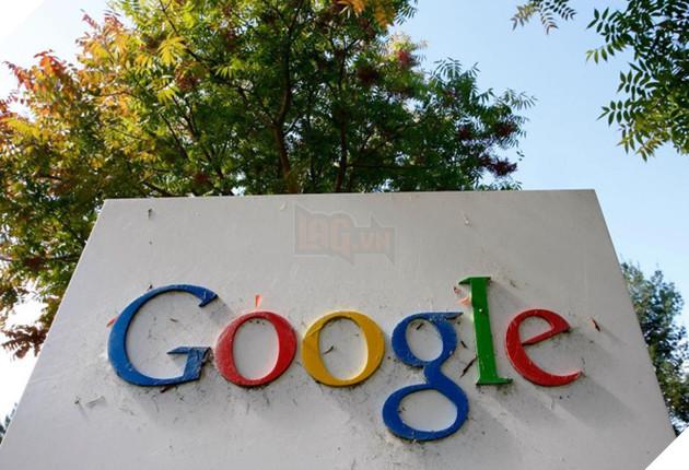 Đã đến lúc, những gã khổng lồ công nghệ như Google và Facebook, phải nhìn nhận lại quá trình kiểm duyệt thông tin trên dịch vụ của mình.