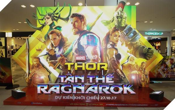 Background bộ phim Thor: Ragnarok, với sự góp mặt của dàn diễn viên chính