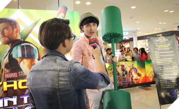 """MC phỏng vấn Huỳnh Lập sau chiến thắng """"không khoan nhượng"""" trước Hương Ngọc"""