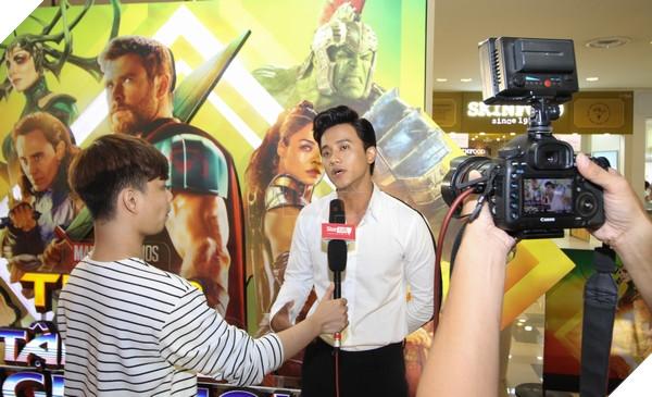 Nghệ sĩ Nam Tài Phến trả lời phỏng vấn kênhStartalk
