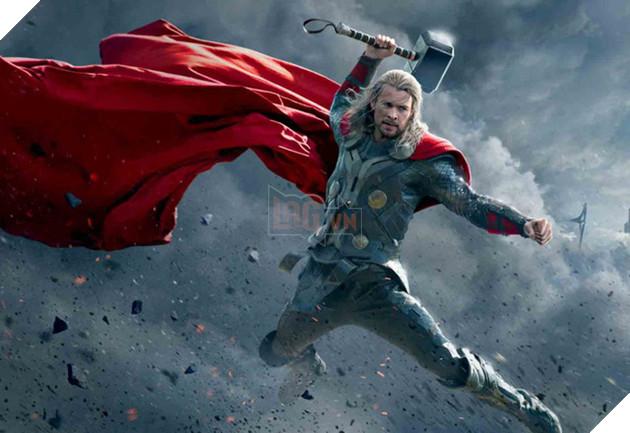 Liệu ai có thể hóa thành thần Sấm tuyệt hơn Chris Hemsworth đây?