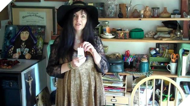 Tại thung lũng Silicon, có một bà phù thủy dùng phép để diệt virus - Ảnh 2.