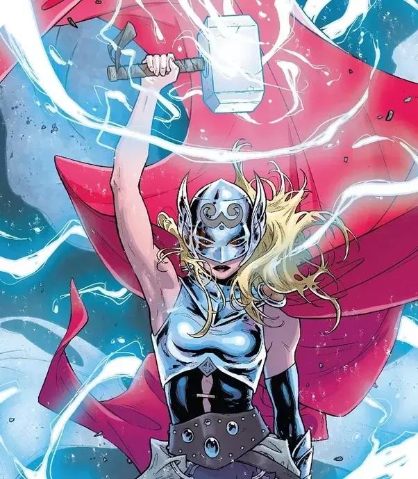Jane Foster - The New Thor cầm trong tay búa thần Mjolnir