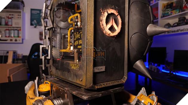 Choáng với bộ case siêu chất được độ theo Junkrat của Overwatch