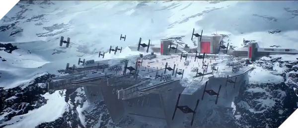 Phần chơi đơn của Star Wars Battlefront 2 dùng khá nhiều bản đồ của multiplayer