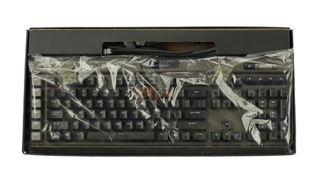 Review Corsair K95 RGB Platinum Gunmetal Speed Switch: Bàn phím cơ max ping cho game thủ  5