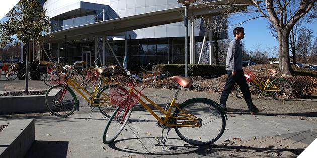 Trụ sở Google Mỹ bị mất quá nhiều xe đạp, ban giám đốc đành lập hẳn đội 30 người chỉ để trông xe - Ảnh 1.