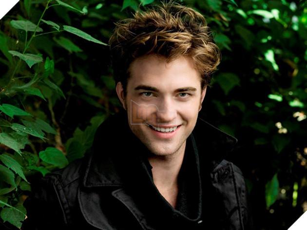 Mái tóc rối bồng bềnh của Robert Pattinson từng là mẫu tóc gây sốt trong năm 2008