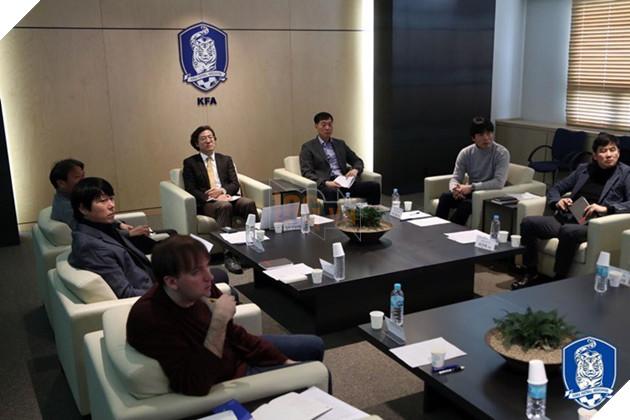 HLV U23 Hàn Quốc chính thức bị sa thải - Ảnh 1.