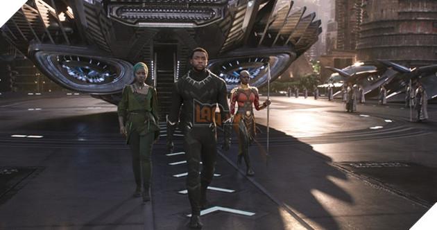Fan cuồng của DC tính phá hoại điểm số của 'Black Panther'