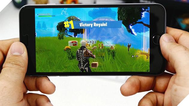 Fortnite Mobile công bố danh sách các loại máy có thể chiến game mượt mà