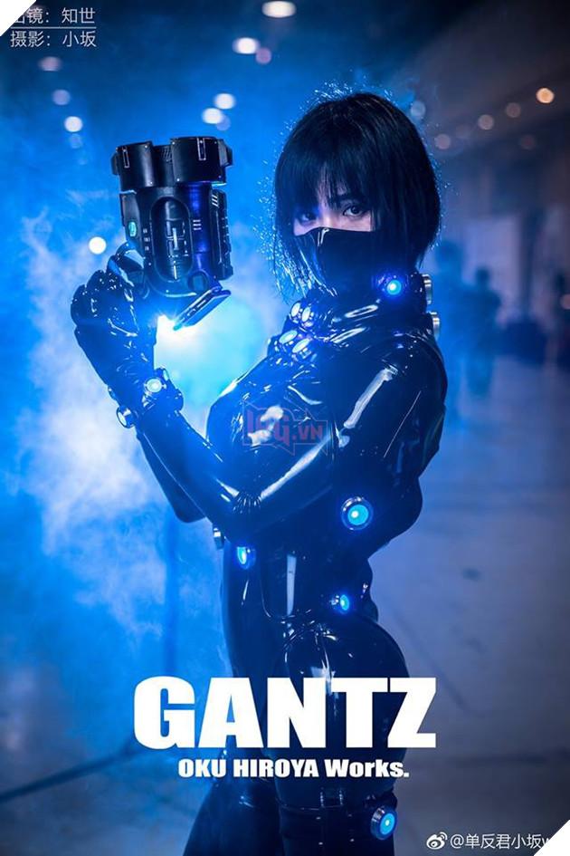 Bỏng mắt với cosplay cô nàng Kishimoto Kei trong Manga GantZ