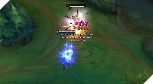 LMHT: Jhin bị lỗi khi lên Cuồng Đao Guinsoo, một phát bắn gần 3000 damage, gamer chơi ngay trước khi Riot fix