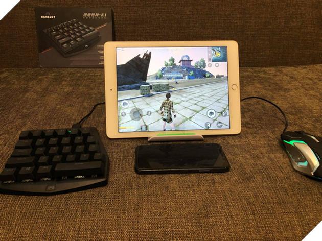 Dùng bàn phím chuột rõ ràng là có thể nâng cao thành tích PUBG Mobile một cách dễ dàng.