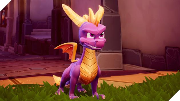 Phiên bản đầu tiên của dòng game Spyro có tên Spyro the Dragon, phát hành lần đầu vào năm 1998 trên hệ máy PS1