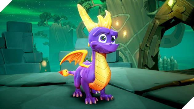 Cùng với chú cáo trong Crash Bandicoot N. Sane Trilogy, rồng tím Spyro cũng là nhân vật đã gắn bó với tuổi thơ của nhiều thế hệ game thủ Việt thông qua hệ máy PS1.