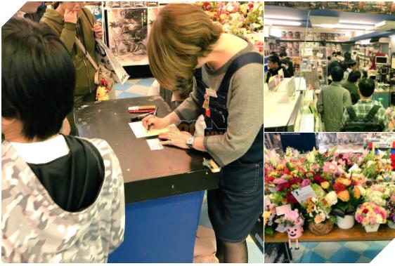 Người thừa kế của MaYa ký tặng người hâm mộ trước khi cửa hàng huyền thoại này phải đóng cửa