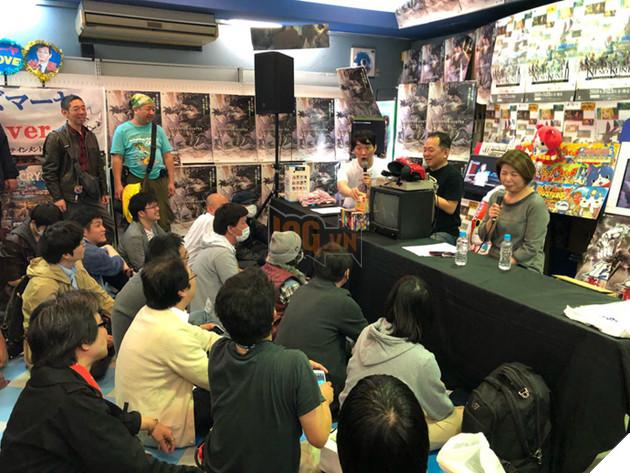 Bà Hisako Akitani trả lời họp báo về quyết định đóng cửa MaYa
