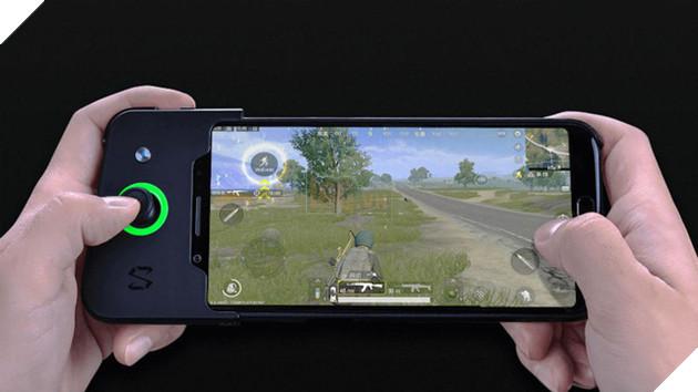 Cận cảnh Xiaomi Black Shark lúc chiến game PUBG Mobile: Mượt mà nhịp nhàng, thêm cần 'như hack'