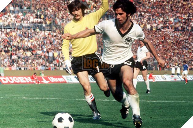 Bóng đá Đức sẽ khổng thể có được chức vô địch Euro 1972 và World Cup 1974 nếu không có Muller